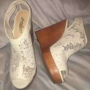 Lucky Brand Bamboo Lace Velcro Strapped Wedge